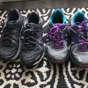 Woman's brooks GTS shoes